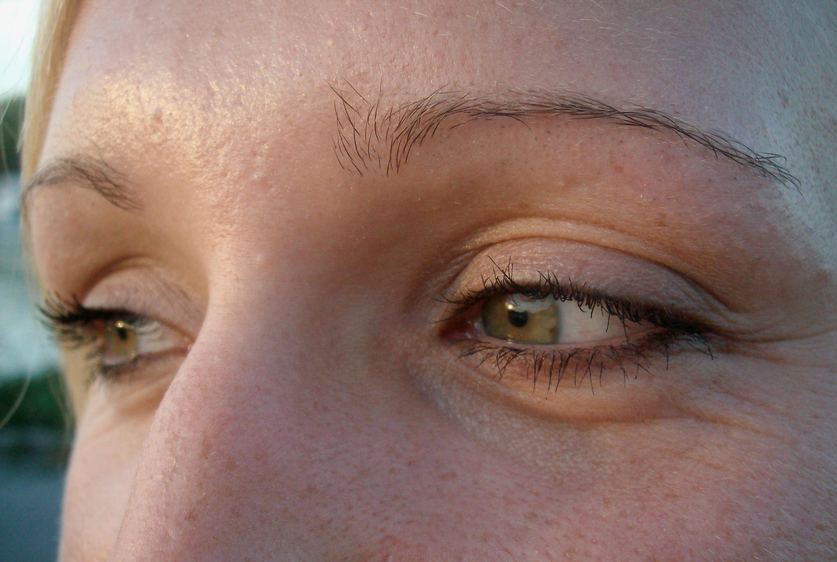 Occhi di ragazza - Foto Guido Comin